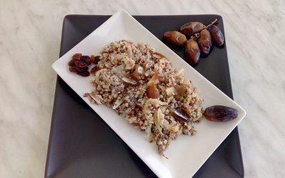 Receta de alforfón frito con dátiles y uvas pasas
